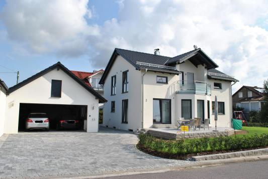 Satteldach_Haus_Sued_West-1